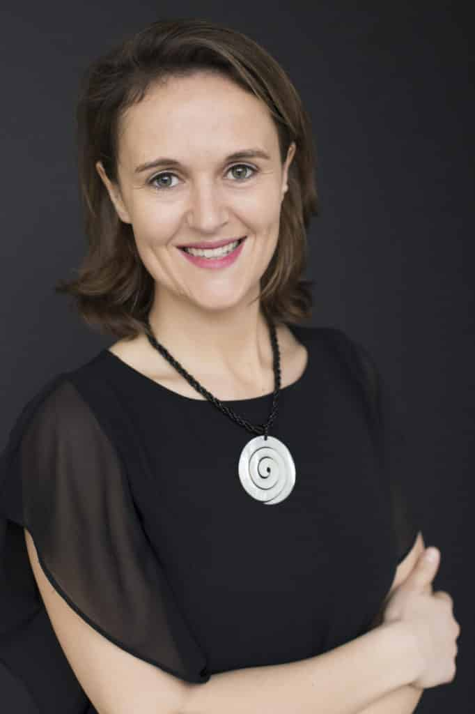 portrait photo of Aurélie Bécat from Incubator Studio marketing consultant coach business positioning SME entrepreneur